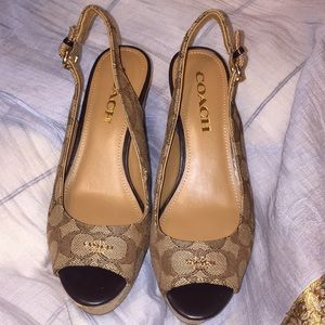 """COACH """"FERRY"""" WEDGES BRAND NEW SIZE 6"""